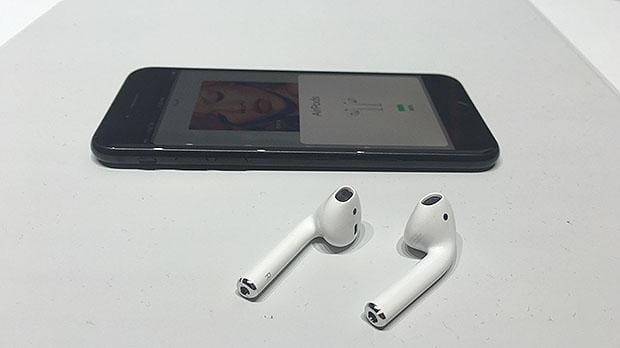 Mis juhtus Apple'i AirPod kõrvaklappidega